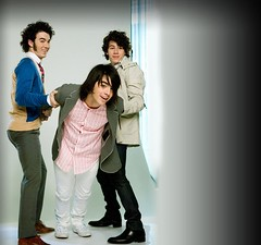 look at kevin's butt here.. (Mature Jonas Pictures ( http://www.flickr.com/phot) Tags: sexy paul kevin brothers mature jonas hott the
