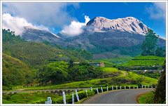 Munnar - Good Morning (kcbimal) Tags: road blue mountain holiday green station clouds hill kerala munnar bimal kundala nallathanni mudrapuzha
