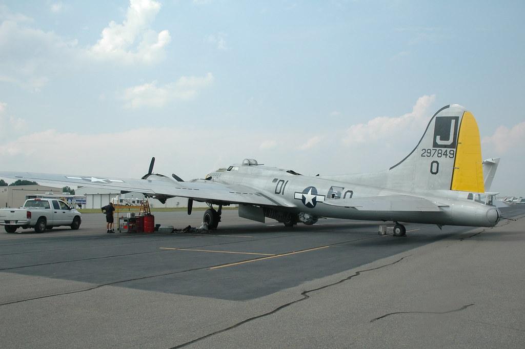 Liberty Belle B-17 074