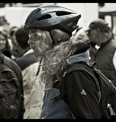 Hairy biker (xollob58) Tags: blue people blackandwhite hairy person cyclist candid helmet menschen biker blau passersby haarig passanten schwarzweis fahrradfahrer schnappschus