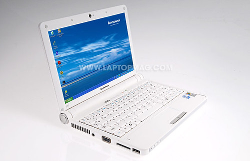Lenovo_S10_by_laptopmag.com