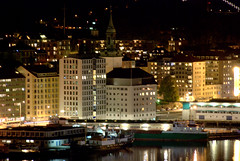 BERGEN (ravna) Tags: city norway night norge bergen nordnes