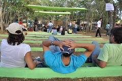 Tan relajado... (karina Machin) Tags: arte bosque artistas 2008 artesanas duaca lasalamandra edolara noviembre08 artebosque2008
