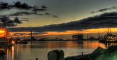 Sunrise over the harbour of Den Helder (klaash63) Tags: reflection water photographer sony alfa 700 reflexions hdri denhelder fotograaf spiegeling heiligenberg zonsopkomst a700 tonemapping tonemap hdraddicted hdraward klaasheiligenberg