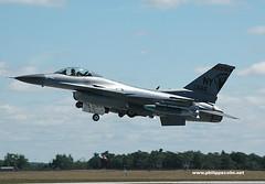 DSC_0235x (Mephisto3) Tags: cobra bombs viper airnationalguard fortdrum f16c fol 174thfw 138thfs