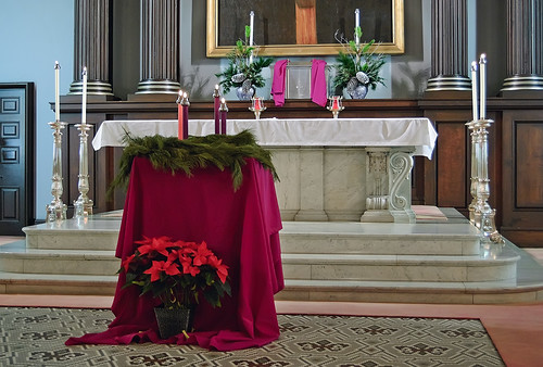 Basilica of Saint Louis, King of France (Old Cathedral), in Saint Louis, Missouri, USA - Advent wreath and altar