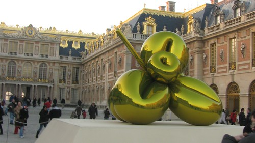 Koons at Versailles
