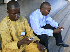 kiwanja_kenya_texting_17 (kiwanja) Tags: africa mobilephones sms phones developingcountries cellphones textmessaging texting handsets
