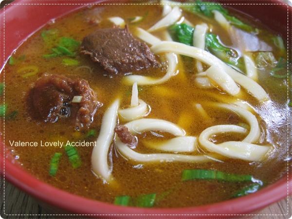 東東傳統麵食_牛肉麵