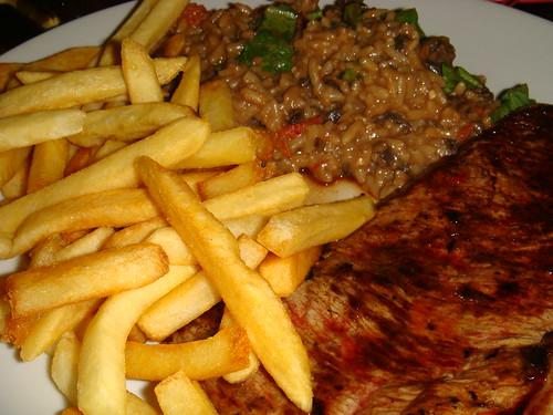 Risoto com picanha e batata frita do Subito
