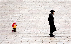Jerusalem II (Rod Monkey) Tags: man israel child jerusalem orthodoxjew aplusphoto bratanesque rodirvine