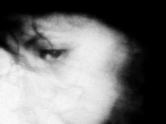 attraverso la memoria: luce luce lontana.. pi bassa delle stelle.. (dis[ o ]rient'express [I'm not there]) Tags: la mmm autoritratto orientexpress memoria blurryvision attraverso photofeeling animaazione portyourtraits