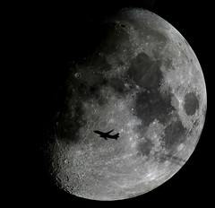 Fly me to the Moon (zAmb0ni) Tags: moon crossing mosaic jet telescope astrophotography astronomy