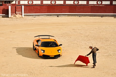 Corrida de Toros  | EXPLORED | (Thomas van Rooij) Tags: madrid blue red sky orange cars car clouds photography march fight amazing spain nikon photoshoot thomas stadium flag awesome autom