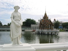 Phra Thinang Aisawan Thiphta-Art (Ursula in Aus) Tags: sculpture statue stone architecture thailand scenery carving marble summerpalace chulalongkorn bangpain touristplaces earthasia