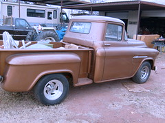 hank's pictures 004 (nannyscorner48) Tags: runs 55 chev