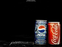 Pepsi vs Coca-Cola (Waseef Akhtar) Tags: light bw black sony coke pepsi vs cocacola fizzy softdrink mywinners sonydscs650