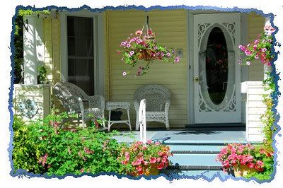 Decorating_Front_Porch_for_Summer[1]