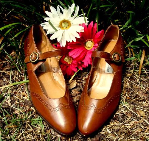 etienne aigner buckle shoes