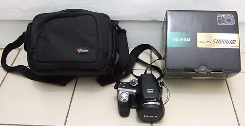 fuji s8000