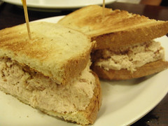 08-05 Eisenberg's Sandwich Shop
