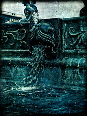 Fountain monster (gothicburg) Tags: fish texture water fountain monster photoshop dark gteborg weird sweden gothenburg sverige ornamental fisk jrntorget lightroom fontn