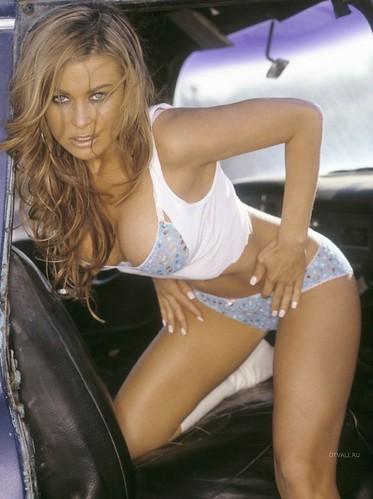 Carmen Electra bikini pic 4