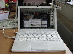 Fonic Surfstick am MacBook