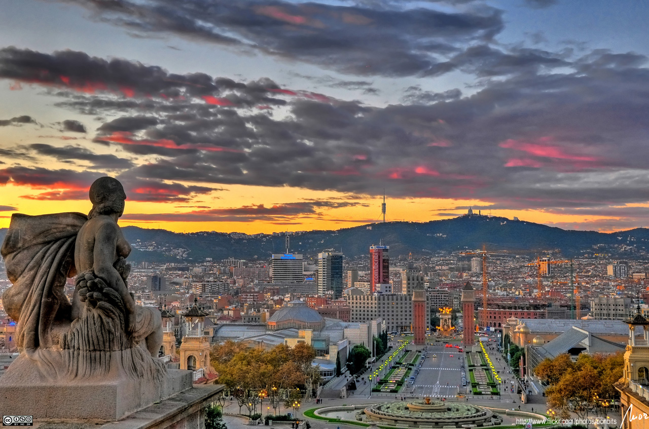 Barcelona sunset HDR. go back