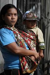 Jakarta streets (Mangiwau) Tags: street people woman girl female indonesia asian scene sidewalk jakarta raya jalan scenes indonesian cantik cewek jakartans jakartan