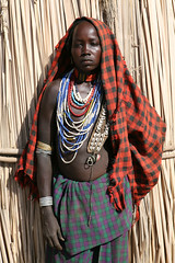 Arbore woman (Ingiro) Tags: africa woman river african fiume valle valley tribes ethiopia tribe omo etiopia ingiro arbore i500 interestingnes493