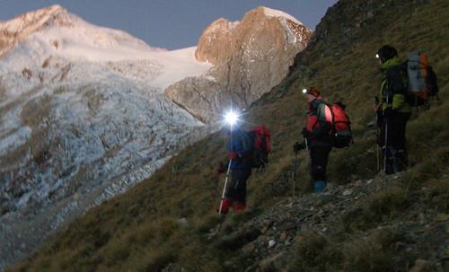 023- Hacia el Glaciar D'Ossoue, al fondo