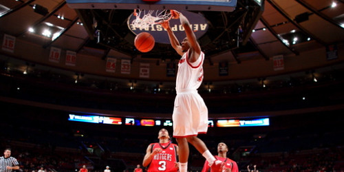 Paris Horne dunk vs Rutgers