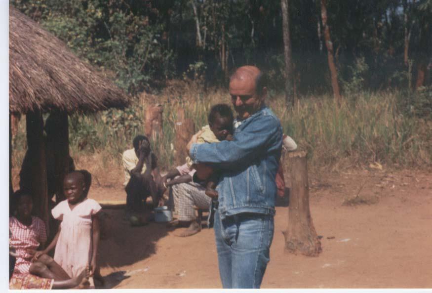Zambia,  una piccola amichetta