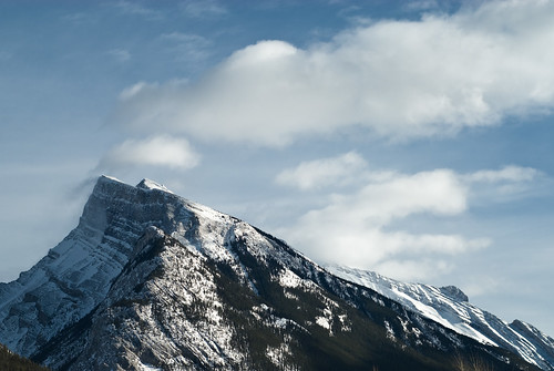 20080214_lakelouise_kicking_003