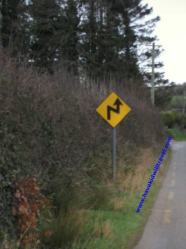 2008-03-02 Ireland Road Sign