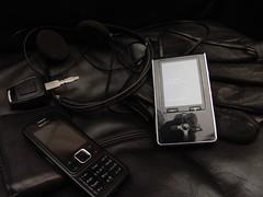 music black leather nokia notes wallet buttons communication gloves mobilephone headphones 365 mp3player outlines comments sennheiser gadgetry onblack coordination carkey project365 365days viewonblack 365project 001365 stuffinmypockets jorieljimenez modendaylife toshibagigabeat me60v 365daysjulystarters