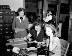 City Light customer account operators, 1945 (by Seattle Municipal Archives)