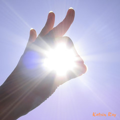 We played till night! (Katrin Ray) Tags: light summer sky sun macro creativity poetry artistic story fiatlux aworkofart andtherewaslight sunnymood katrinray oacaophotos