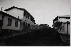 Santa Luzia City In Old Black And White Film (Anderson Sutherland) Tags: door windows sunlight minasgerais home window brasil photo casa poste paint image picture santaluzia center historic mineiro belohorizonte janelas ruas portas casinhas uai s minerim libertasquaeseratamen