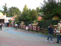 """Gardaland - By Bige • <a style=""""font-size:0.8em;"""" href=""""http://www.flickr.com/photos/62319355@N00/2898997721/"""" target=""""_blank"""">View on Flickr</a>"""