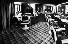 Old Barber Shop in Rome bw over 24.000 visits (fabio c. favaloro) Tags: old blackandwhite bw italy rome nikon sigma bn barbershop barber 2008 1020 bnw barba biancoenero insider peluqueria d300 peluquera barbiere blueribbonwinner barberia oldbarbershop abigfave allrightsreserved nikond300 fabiocfavaloro
