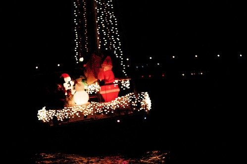 boat christmas parade 31