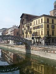 Naviglio Grande a Milano (Ciao Anita!) Tags: bridge italy milan reflection italia milano ponte milaan brug lombardia itali riflesso weerspiegeling lombardije
