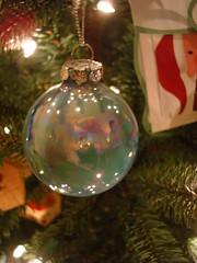 christmas (ron torres) Tags: iridescent christmasdecor glazed christmasball