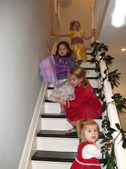 The kids playing on the stairs (stevemac_yyz) Tags: dec2008