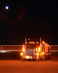 Moonlit super b (static bob) Tags: b winter tractor cold night train truck lights big grain super semi international rig trailer heavy 9900 haul 9900i