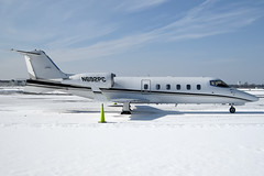 N692PC - Lear Jet 60 (lijk604) Tags: winter snow newyork canon airplane aircraft longisland powershot farmingdale 010 learjet bombardier bizjet frg kfrg republicairport lj60 a1000is n692pc petercapone