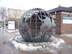 The World (ammiiirrrr) Tags: theworld torontopubliclibrary parkdalelibrary saturdayfebruary72009
