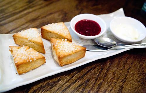 Plain scones